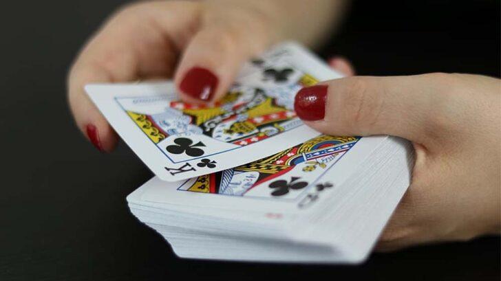 become a casino dealer