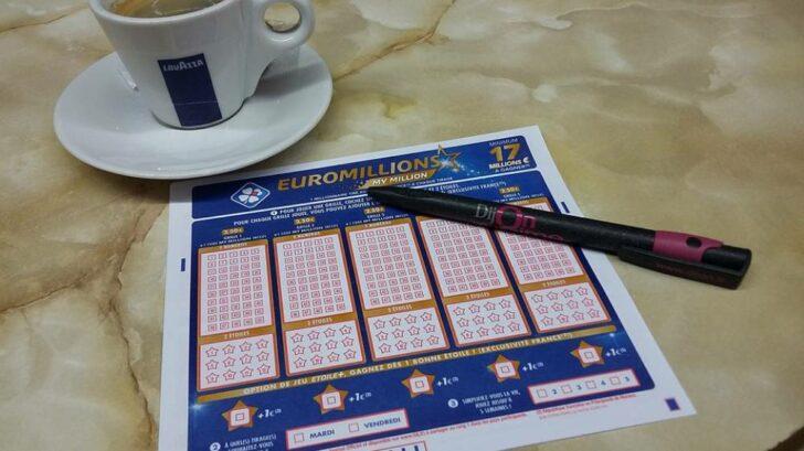 play EuroMillions Superdraw online